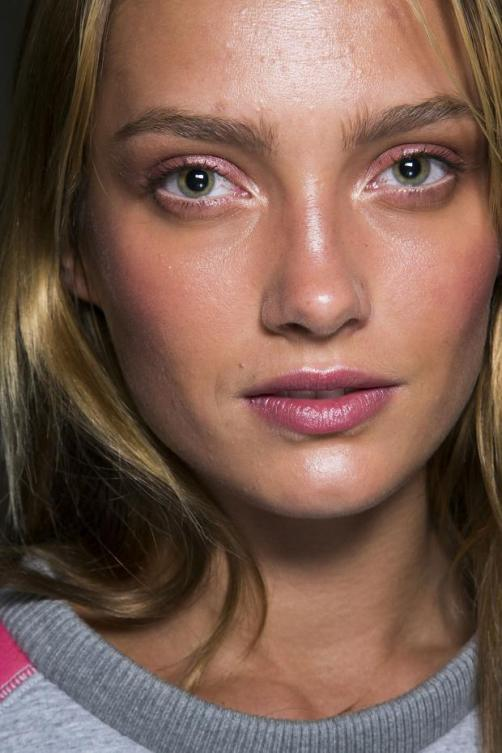 tommy-hilfiger-beauty-spring-summer-2014-nyfw3_zpsae973414