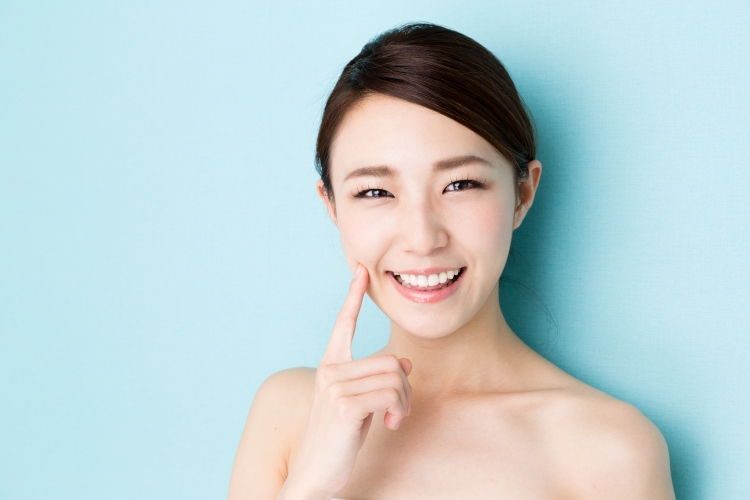 attractive-asian-woman-beauty-image-isolated-on-blue-background-867956170_5760x3840.jpeg