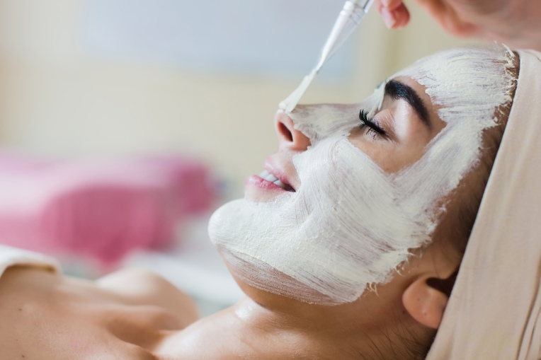 Spa facial mask application